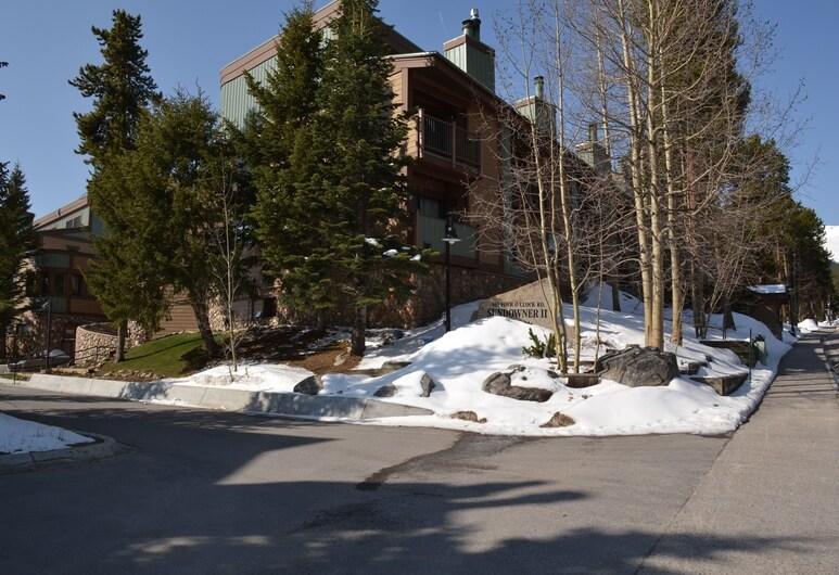 420 breck lodging