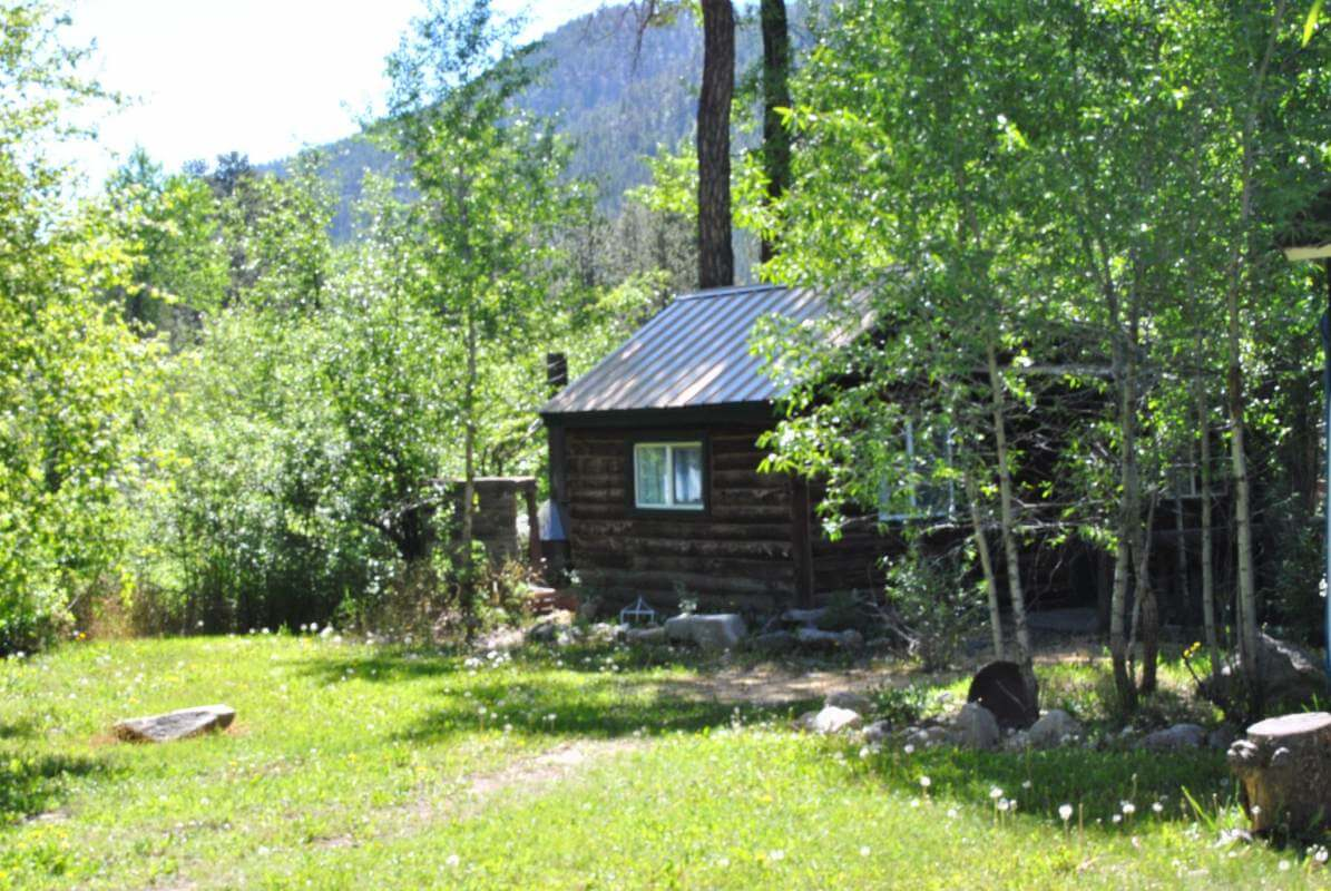 Rustic cabins for Rustic hotels near me