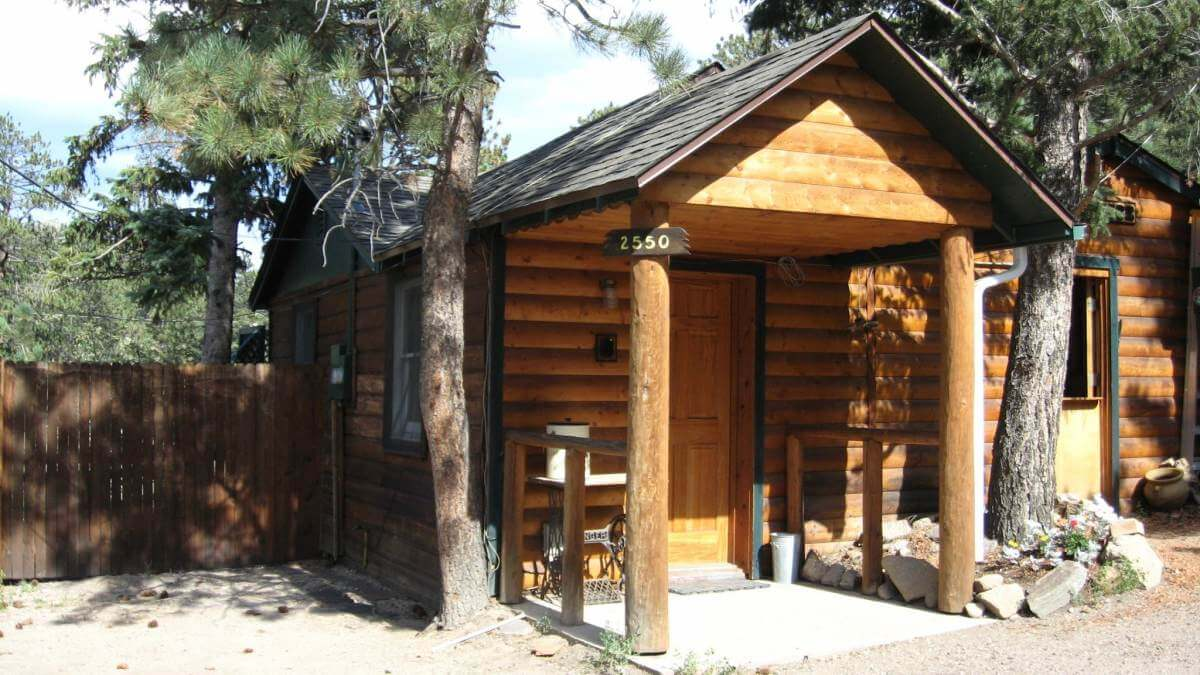 Rustic river cabins for Rustic hotels near me